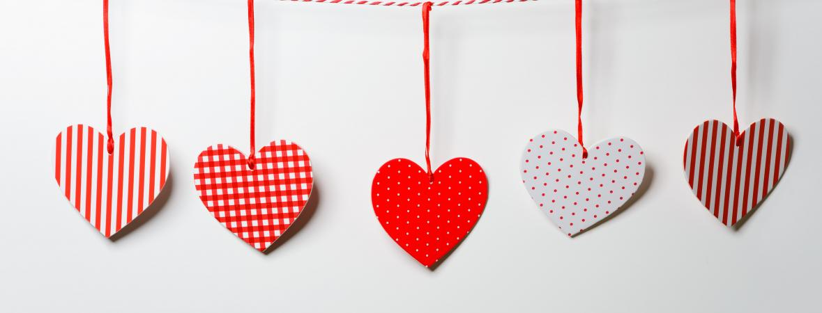 subtle and simple valentines day decor ideas - Valentines Day Decor