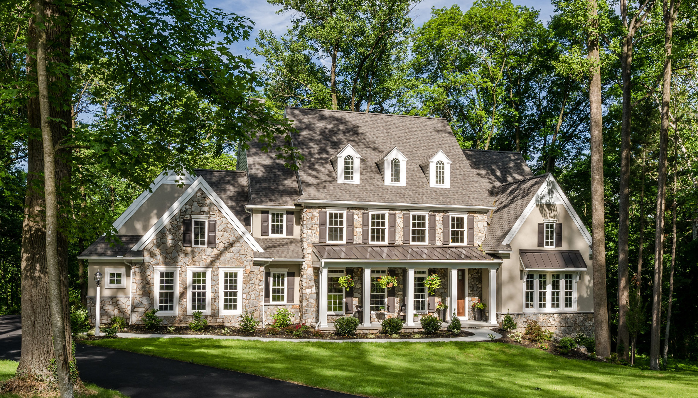 3 benefits of building your dream home in the spring chg for Build your dream house