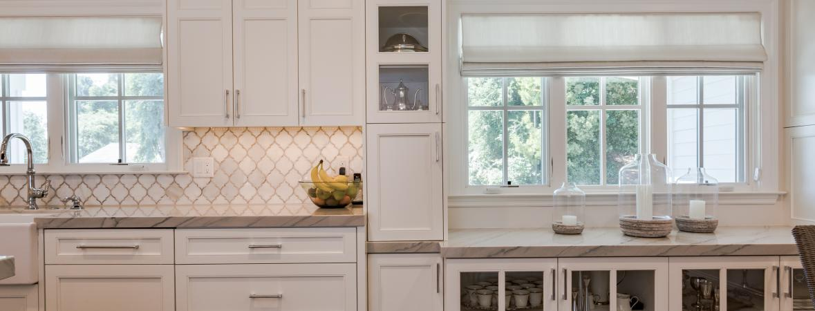 white kitchens - keep your kitchen organized