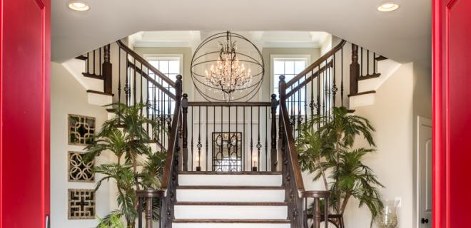 entryway to split staircase
