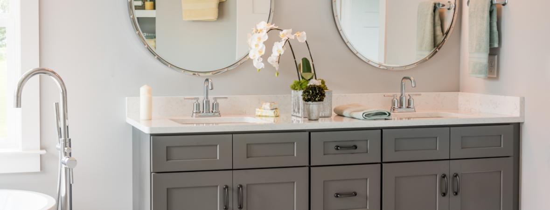 Double Vanity Sinks With Round Mirrors