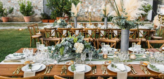 wedding centerpieces made with pampas grass